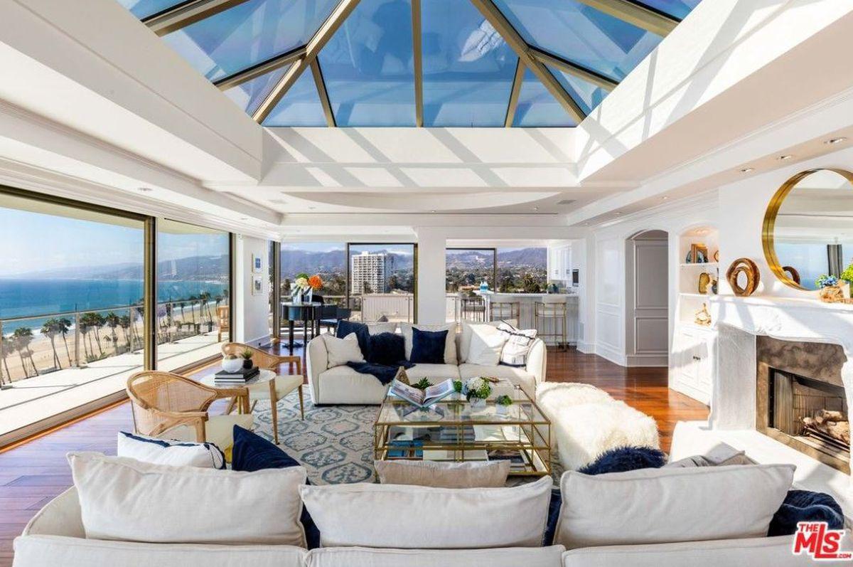 Dom w Santa Monica, California