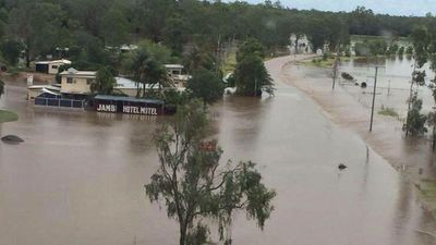 The small town of Jambin was evacuated overnight after Callide Dam overflowed. (9NEWS)