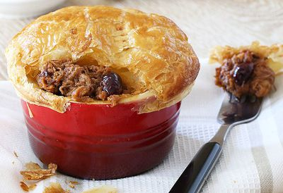 "Recipe:&nbsp;<a href=""http://kitchen.nine.com.au/2016/05/05/14/09/cranberry-barbecue-pulled-pork-pie"" target=""_top"">Cranberry barbecue pulled pork pie<br /> </a>"