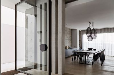 Vaucluse House by Lawless & Meyerson and MHN Design Union