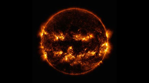 Sun 'smiles' like jack-o'-lantern in NASA image