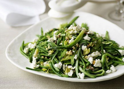 Green bean and goats' cheese salad with anchovy dressing
