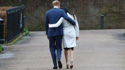 """Harry and Meghan are loved for their tactile ways<span style=""""white-space:pre;""""></span>"""