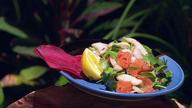 Salt & pepper pearl meat salad with grapefruit