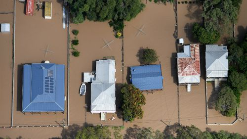 'It's ridiculous': Renewed calls for flood levee amid Rockhampton clean-up