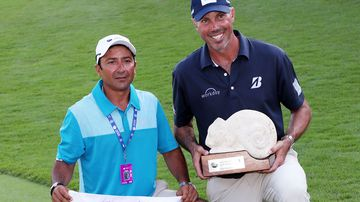 'Out of touch' golfer finally pays up to caddie