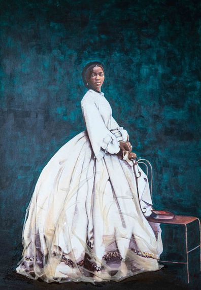 English Heritage has unveiled a new painting of Sarah Forbes Bonetta, Queen Victoria's African goddaughter, at Osborne, the Queen's seaside home on the Isle of Wight.