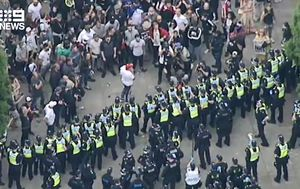 Melbourne anti-lockdown protests: 16 arrested, horses hit in the head with flagpole in violent mayhem