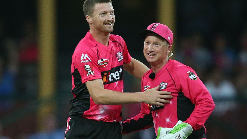 Haddin rolls back the years in Sixers' win