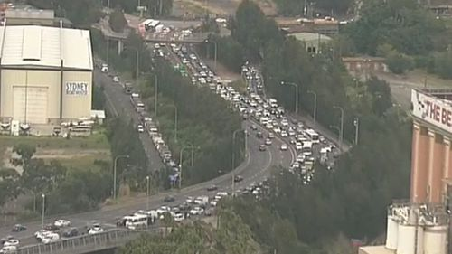 Traffic was backed up about 30 kilometres during the morning commute. (9NEWS)