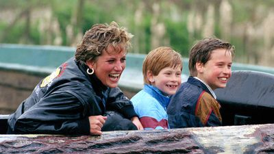 Diana and her boys make a splash at British amusement park Thorpe Park, 1993