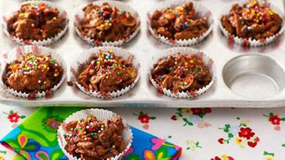 "Recipe:&nbsp;<a href=""https://kitchen.nine.com.au/2016/05/18/14/42/chocolate-crackles"" target=""_top"" draggable=""false"">Chocolate crackles</a>"