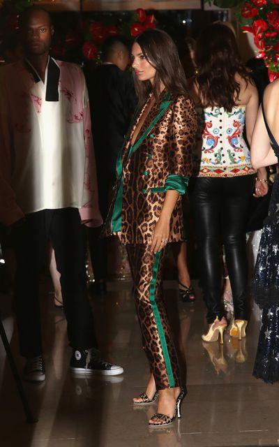 Emily Ratajkowski arrives at the Domenico Dolce birthday party during Milan Fashion Week Spring/Summer 2019.