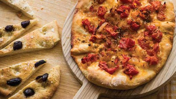 Mary Valle's tomato and onion flatbread