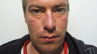 Hunt for sex offender with 'extensive criminal history'