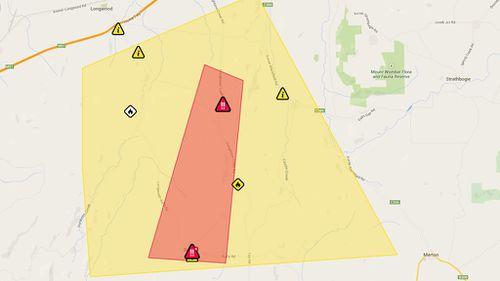 UPDATE: Emergency bushfire warning downgraded in north-east Victoria