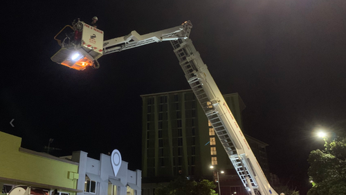 French tourist arrested on drugs charges in Cairns after police forced to deploy cherry picker