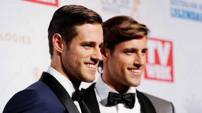 <p>Logies 2016: Stars hit the red carpet for Australian TV's night of nights<br /><br />Australia's television stars are gathering tonight at Melbourne's Crown Casino for the 2016 TV Week Logie Awards.<br /><br /><strong>Click through to see the best shots from behind the scenes and on the red carpet.</strong></p><p>Zac and Jordan Stenmark. (AAP)</p>