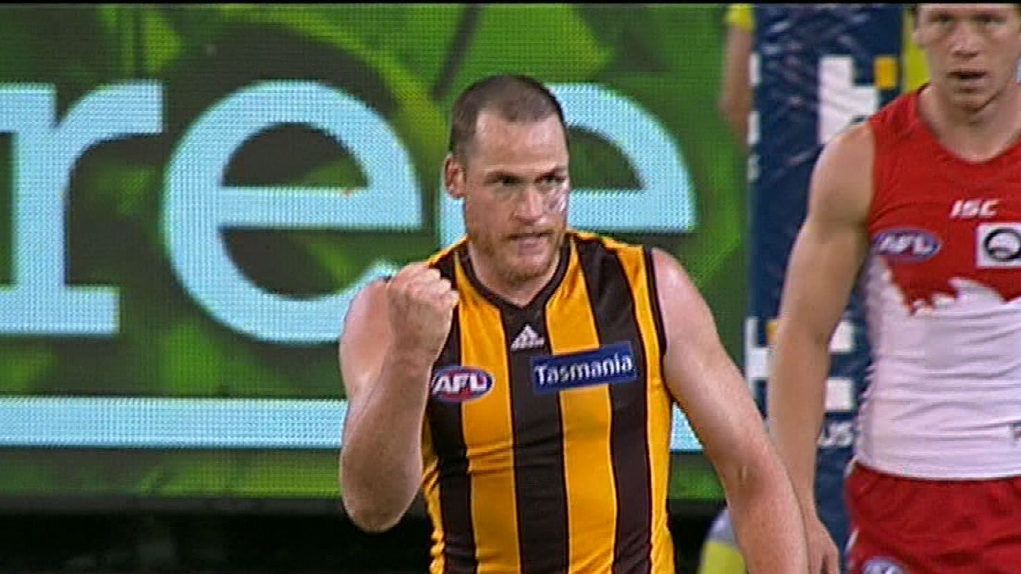 Hawthorn keep finals hopes alive with win