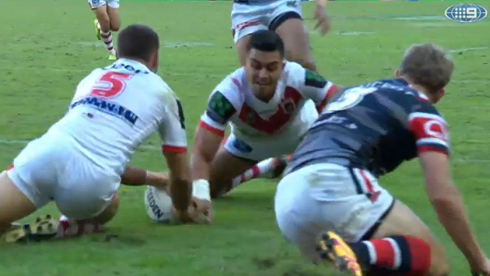 Dragons score NRL's first simultaneous try