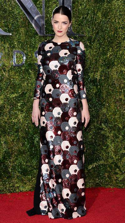 <p>Bee Schaffer in Marc Jacobs&nbsp;at the Tony Awards.</p>