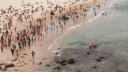 A man has been arrested after a two-hour stand off with police at Bondi Beach.
