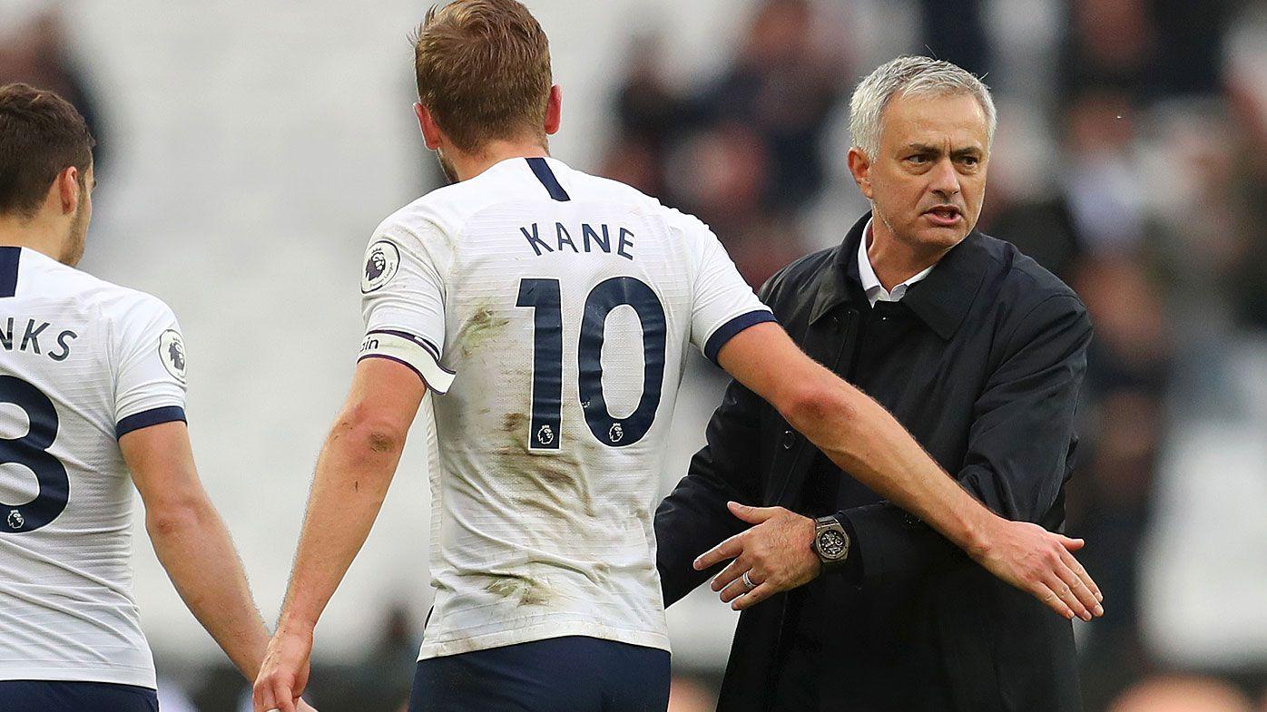 Kane congratulates Mourinho