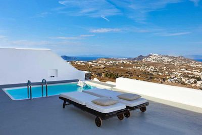 World's Best Relaxation Retreat: Carpe Diem Exclusive Boutique Resort, Santorini Greece