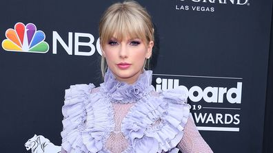 Taylor Swift arrives at the 2019 Billboard Music Awards.