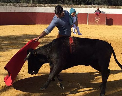 Spanish Matador under fire for fighting bull with baby