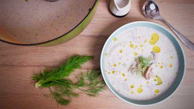 Creamy, dairy-free mushroom soup
