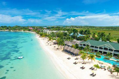 <strong>8. Seven Mile Beach, Jamaica</strong>