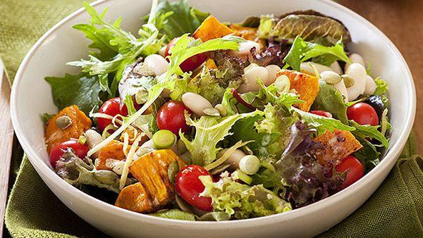Pumpkin, lentil and white bean salad