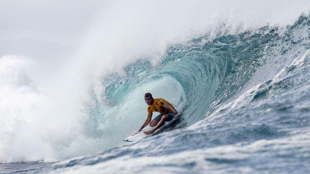 Heat is on Fanning in Hawaiian surf
