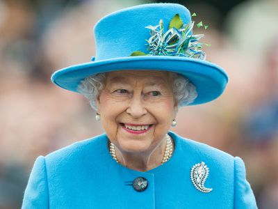 Queen Elizabeth becomes world's longest-serving monarch, October 2016