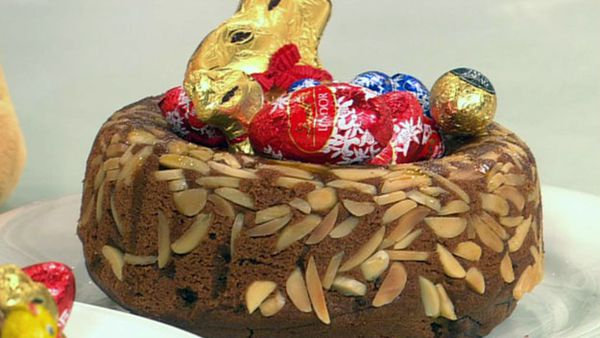 Lindt easter chocolate cake nest