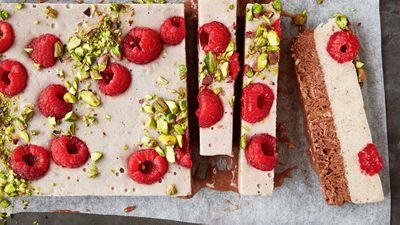 "Recipe: <a href=""http://kitchen.nine.com.au/2017/10/23/16/23/halva-ice-cream-bars"" target=""_top"">Halva ice-cream bars</a>"