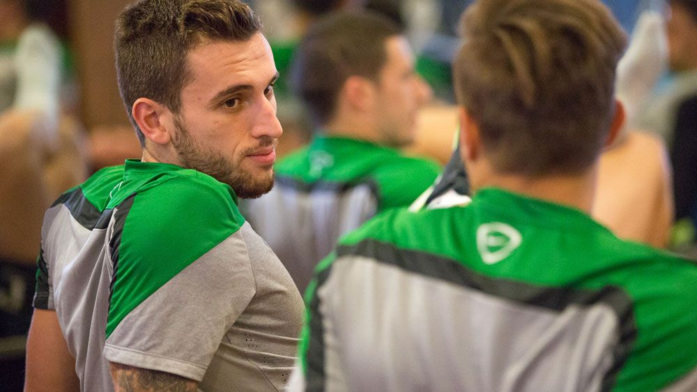 Matthew Spiranovic at a Socceroos training session. (AAP-file)