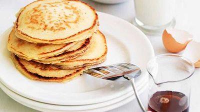 "Recipe:<a href=""http://kitchen.nine.com.au/2016/05/16/17/42/pancakes"" target=""_top"">Classic pancakes</a>"