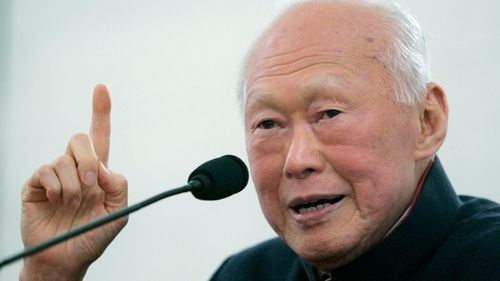 Founding Prime Minister of Singapore Lee Kuan Yew dies at the age of 91