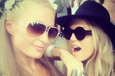 @parishilton: #GoodTimes at #Coachella with my girl @Fergie. Such a beautiful person both inside & out. Love her #BlondesRule