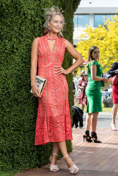 "<p>1) Wear colour</p> <p>Fashions on the Field ambassador Steph Smith in a White Suede dress, Olympia Le Tan clutch and n21 heels with a Lady of Leisure headband on Cup Day.<br style=""box-sizing: border-box;""> </p>"
