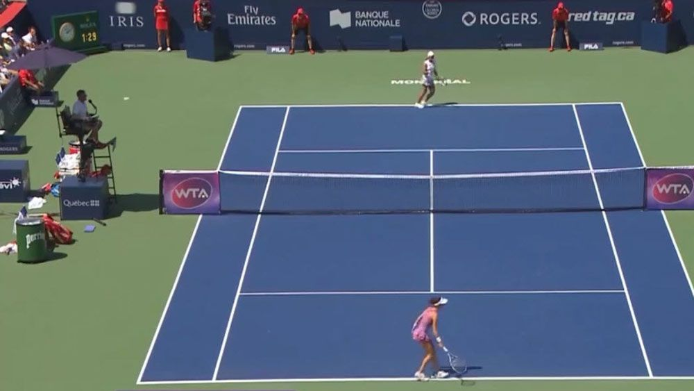 Tennis: Chair umpire takes classic catch in Montreal