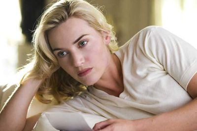 """Just when you thought she couldn't make you feel any worse about yourself, powerhouse actress and natural beauty Kate Winslet goes and saves a 90-year-old woman from a burning house. The Oscar-winner was one of 20 guests staying at business tycoon Richard Branson's Caribbean estate when it caught fire, and <a href=""""http://celebrities.ninemsn.com.au/videos/?videoid=087b1452-8766-40e7-8bff-4d176c6e4dde"""" target=""""new"""">according to Branson</a>, she swept his elderly mother up into her arms and carried her to safety.<br/><br/><a href=""""http://celebrities.ninemsn.com.au/videos/?videoid=087b1452-8766-40e7-8bff-4d176c6e4dde"""" target=""""new"""">See the video...</a>"""