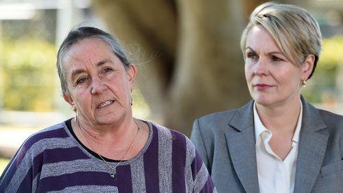 Karen Willis (left) with deputy Labor leader Tanya Plibersek.