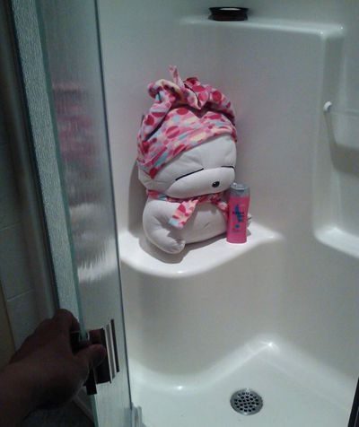 I'm washing my hair just hang on!