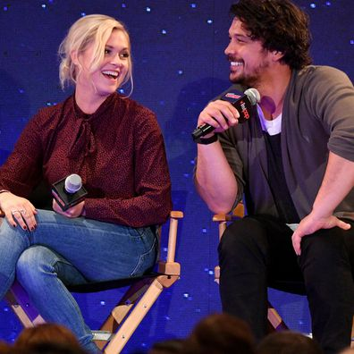 The 100's Eliza Taylor and Bob Morley tie the knot in