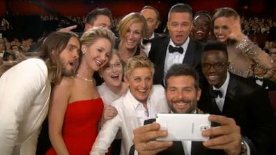 Ellen Oscars selfie during Academy Awards telecast 2014