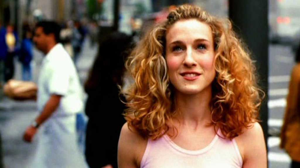 Carrie Bradshaw iconic outfit