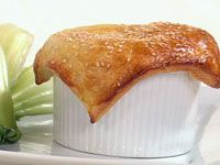 Satay chicken pie